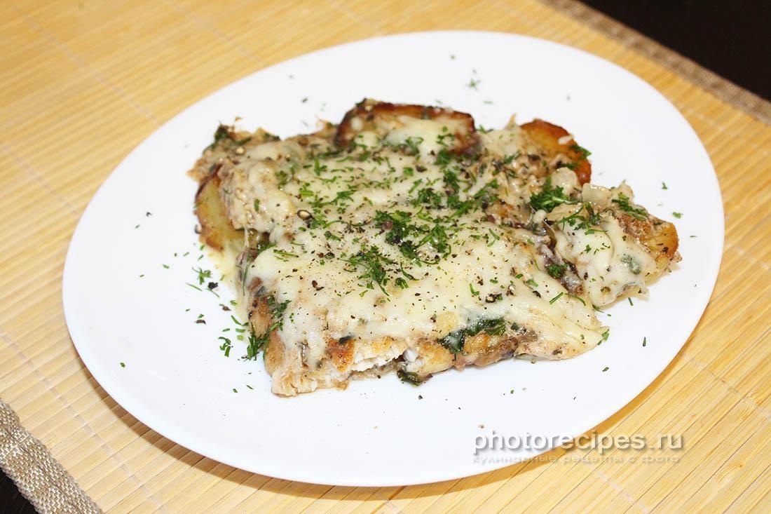 Осетр в духовке с картошкой