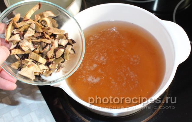 Суп из сайры с вермишелью рецепт